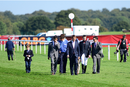 APOB Walking the track at Doncaster, can he win the 2013 Racing Post Trophy at the track?
